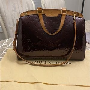 Louis Vuitton Brea Vernis Amarante GM